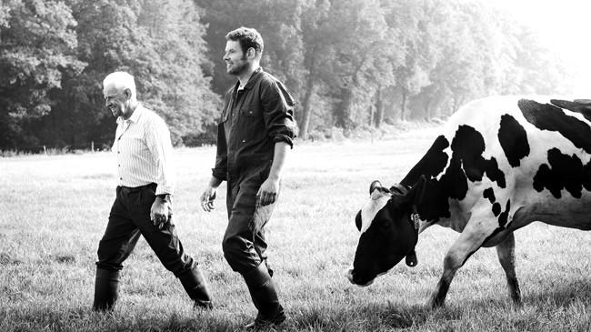 """""""Xây nền sức khỏe, gắn kết gia đình"""" là kim chỉ nam hoạt động của nông dân Hà Lan. Ảnh: FrieslandCampina"""