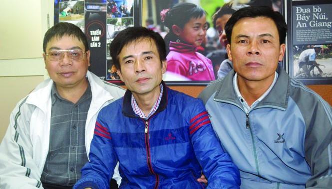 Từ trái sang: Các cựu chiến binh Nguyễn Văn Thống, Lê Hữu Thảo, Lê Văn Đông. Ảnh: Kiến Nghĩa
