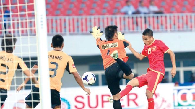 Văn Thắng ghi bàn mở tỷ số cho ĐT Việt Nam trong trận gặp Indonesia. Ảnh: VSI