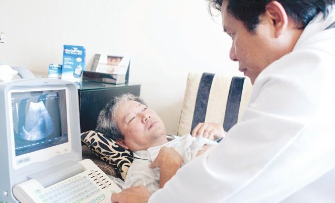 Do tiện lợi, dịch vụ khám bệnh tại nhà của Help International đã có hơn 10.000 khách hàng trên cả nước.