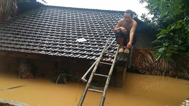 Báo Tiền Phong kêu gọi ủng hộ đồng bào bị lũ lụt
