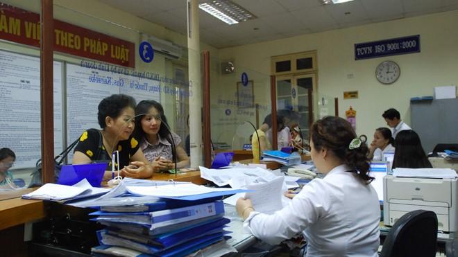 """Thủ tục """"một cửa"""" tại quận Thanh Xuân, Hà Nội. Ảnh: Hồng Vĩnh"""