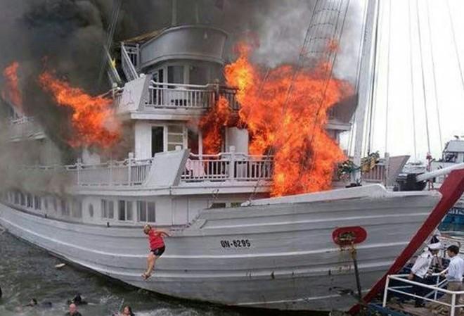 Vụ cháy du thuyền 5 sao Aphrodite vào tháng 5/2016