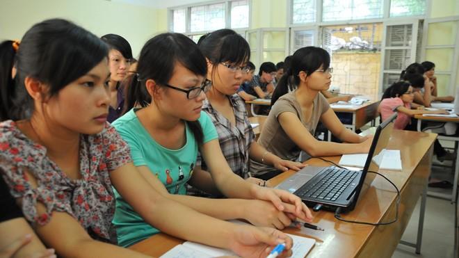 Sinh viên Đại học Khoa học Xã hội và Nhân văn, Đại học Quốc gia Hà Nội trên giảng đường. Ảnh: Hồng Vĩnh