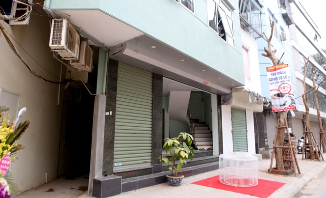 Nhà siêu mỏng, méo mới mọc lên tại phường Khương Thượng. Ảnh: Như Ý