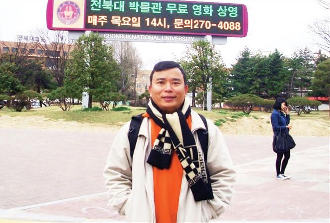 TS Hùng có 3 năm nghiên cứu tại ĐH Chonbuk Hàn Quốc.