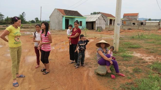 Người dân bức xúc tố cáo nhiều vấn đề liên quan khu tái định cư