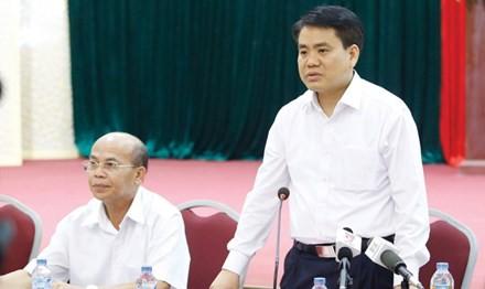 Tối 20/4, Chủ tịch UBND thành phố Hà Nội Nguyễn Đức Chung tiếp tục đề nghị người dân Đồng Tâm sớm đối thoại với chính quyền thành phố. Ảnh: Như Ý.