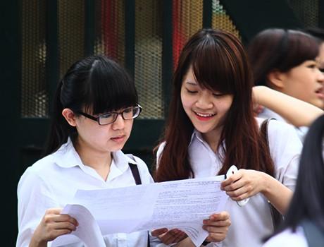 """Nhiều ý kiến trái chiều về kỳ thi quốc gia năm 2015 nên Bộ GD-ĐT chưa thể """"chốt"""" phương án thi."""