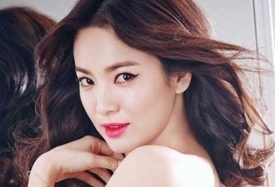 """Song Hye Kyo được bình chọn là """"Nữ thần châu Á"""""""