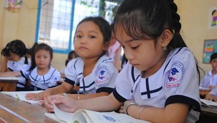 Linh hoạt ghi giấy khen cho học trò tiểu học