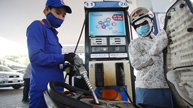 Thuế nhập khẩu kéo giá xăng, dầu tăng từ 16h30 hôm nay