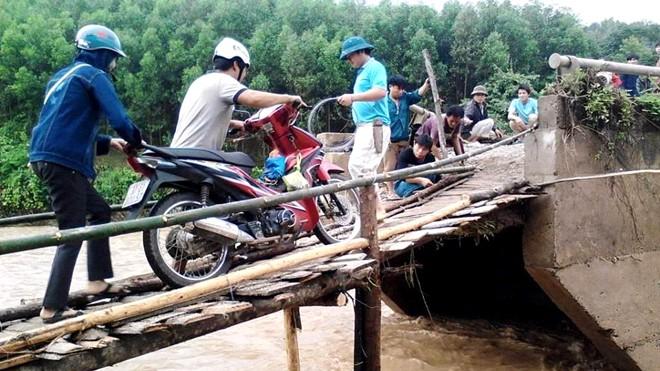 Mưa lũ làm 5 người chết, gây thiệt hại hàng trăm tỷ ở Nghệ An
