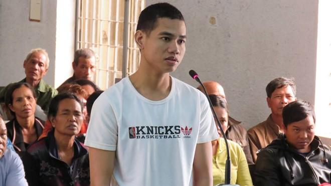 Bị cáo Y Phúc Byă tại tòa