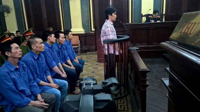 Phiên tòa xử vụ 'làm loạn' Bến xe Miền Đông vừa kết thúc chiều nay 17/7. Ảnh: Tân Châu
