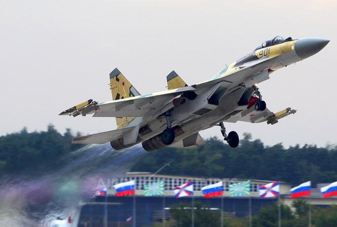 Chiến đấu cơ Su-35 của Nga.