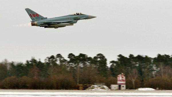 Chiến đấu cơ NATO - Nga tiếp tục đối đầu