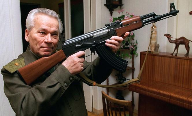 Súng AK-47 do  Mikhail Kalashnikov thiết kế, sắp được sản xuất tại Mỹ?