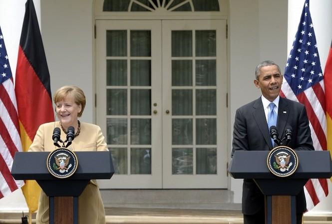 Tổng thống Mỹ Obama (trái) và Thủ tướng Đức Merkel đã thảo luận về sự gia tăng xung đột ở phía Đông – Nam Ukraine.