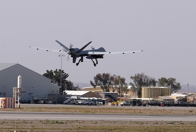Cựu Ngoại trưởng Mỹ Hillary Clinton từng đề xuất 'loại' nhà sáng lập WikiLeaks bằng UAV? Ảnh: Reuters