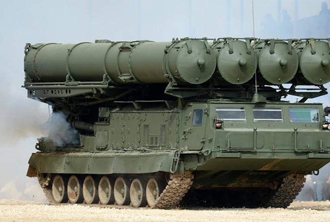 Mỹ bối rối khi Nga đưa 'rồng lửa' S-300 tới Syria. Ảnh: Sputnik