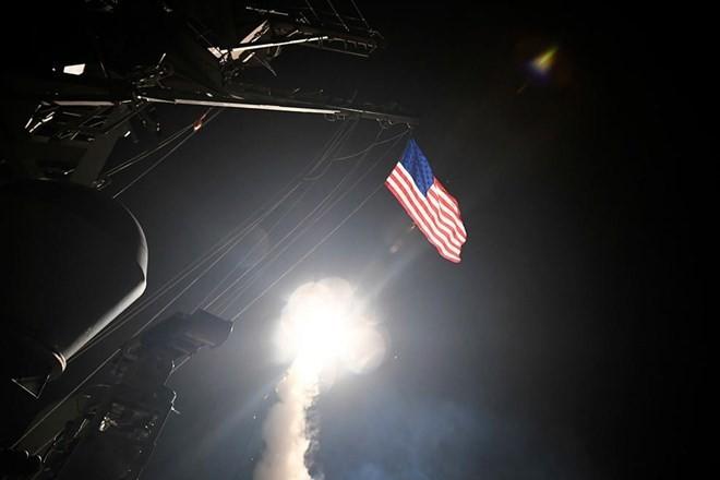Mỹ tấn công tên lửa Syria. Ảnh: Reuters
