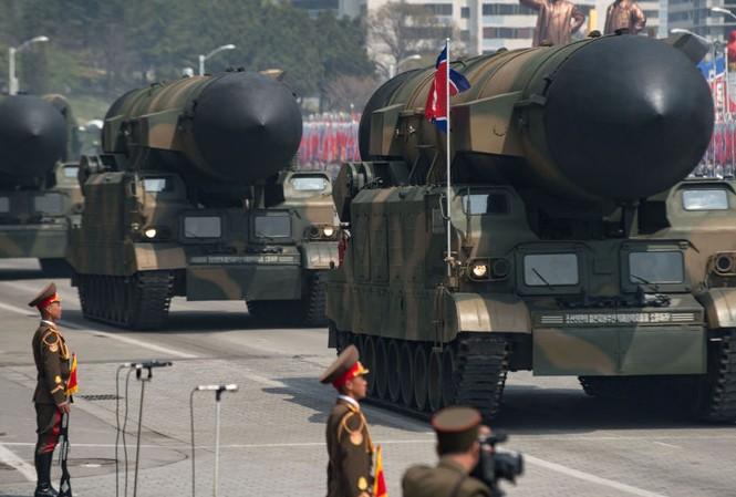 Chuyên gia Nga đánh giá cao cuộc duyệt binh hoành tráng của quân đội Triều Tiên hôm 15/4 tại Bình Nhưỡng. Ảnh: AFP