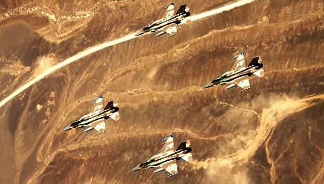 Không quân Israel dồn dập tấn công quân đội Syria