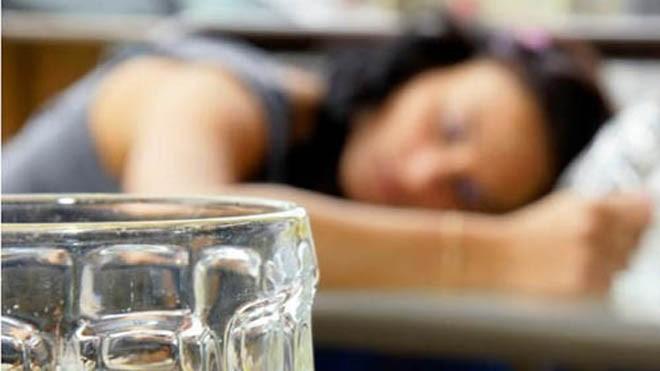 Say rượu khiến hoạt động của hệ miễn dịch giảm đi, ngay cả những người còn trẻ và khỏe mạnhẢnh: MNT