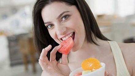 Thói quen nguy hiểm sau khi ăn nên tránh