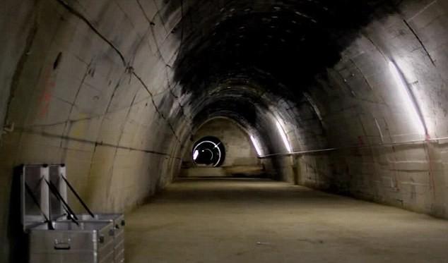 Một phần đường hầm dẫn vào nhà máy nghiên cứu công nghệ hạt nhân bí mật của Đức quốc xã. Ảnh: Warhistoryonline