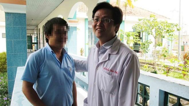 Bác sĩ Nghĩa và học viên cai nghiện bị ảo giác.