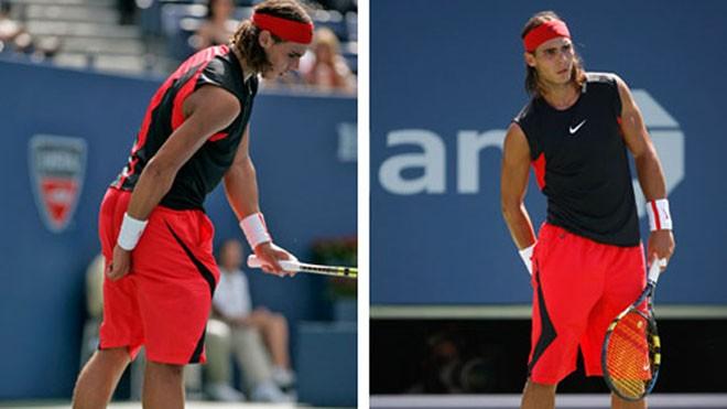 Nadal kéo quần lót khi chuẩn bị phát bóng.