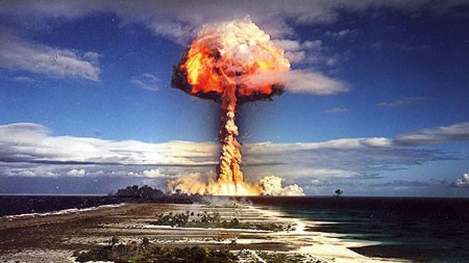Vũ khí hạt nhân tạo ra quả cầu lửa hình nấm khổng lồ sau khi nổ. Ảnh: USArmy
