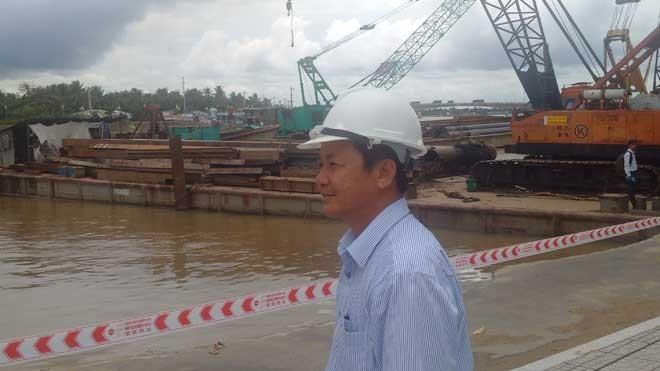 Ông Đào Anh Dũng, Phó Chủ tịch UBND thành phố Cần Thơ đang chỉ đạo tại hiện trường