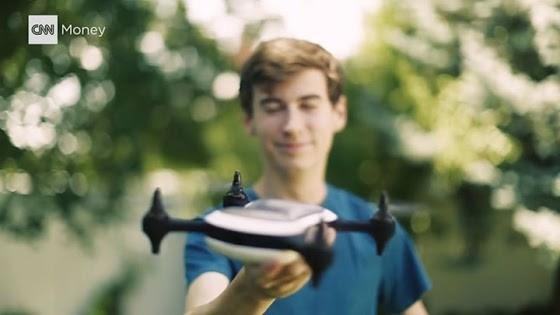 18 tuổi sản xuất máy bay không người lái nhanh nhất thế giới
