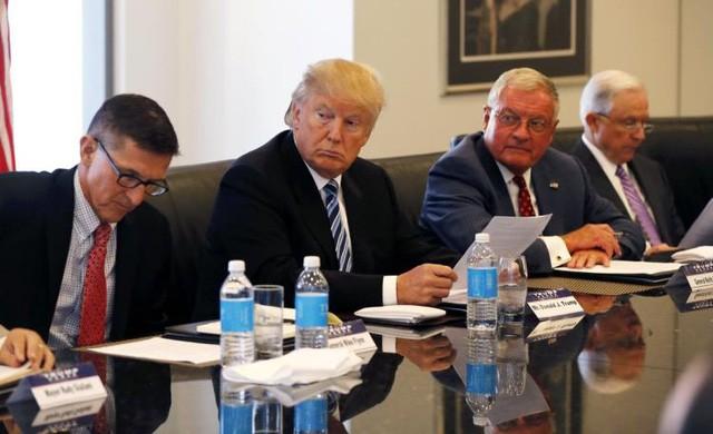 Ông Trump chỉ nhận báo cáo cập nhật thông tin tình báo và thông tin an ninh quốc gia trung bình 1 lần/tuần. (Ảnh minh họa: Getty)