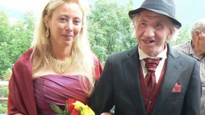 Đám cưới của ông Marcel và Sandrine bị dân làng phản đối dữ dội. Ảnh: The Sun.