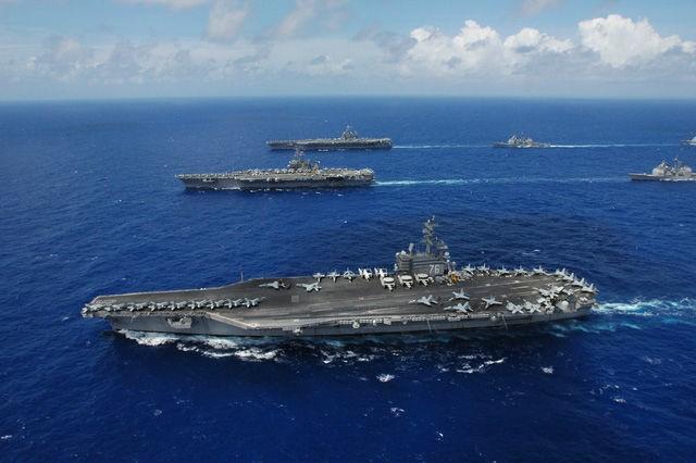 Đội hình các tàu sân bay lớp Nimitz của Mỹ (Ảnh: Chiangrai Times)