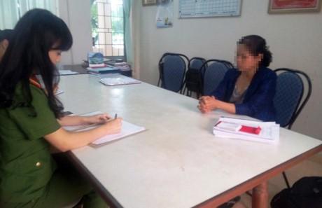 Một phụ nữ tại TP Bảo Lộc tới Công an trình báo bị lừa cả trăm triệu đồng qua điện thoại