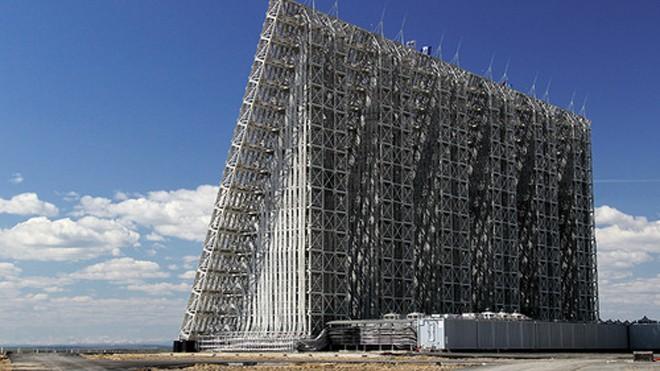 Một hệ thống radar Voronezh-DM. Ảnh: Science Pole.