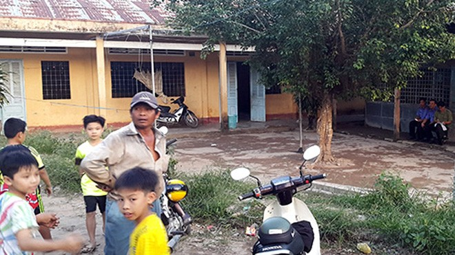 Trường tiểu học, nơi nam giáo viên bị đâm chết. Ảnh: C.A