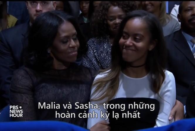 Con gái Obama khóc trong bài diễn văn của cha