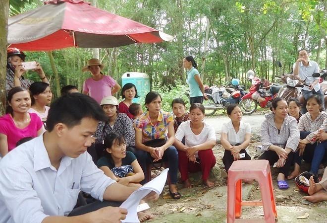 Hàng trăm giáo viên huyện Vĩnh Lộc, Thanh Hóa hoang mang vì mất việc. Ảnh Zing