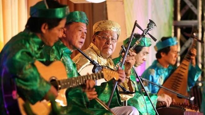 """Festival Đờn ca tài tử Bình Dương và hành trình """"lưu giữ báu vật văn hóa đất phương Nam"""""""
