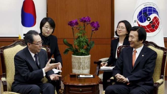Đặc phái viên Trung Quốc về vấn đề Triều Tiên Wu Dawei thảo luận với Ngoại trưởng Hàn Quốc Yoon Byung-se tại Hàn Quốc hôm 29/2 ảnh: Kim Hong-ji
