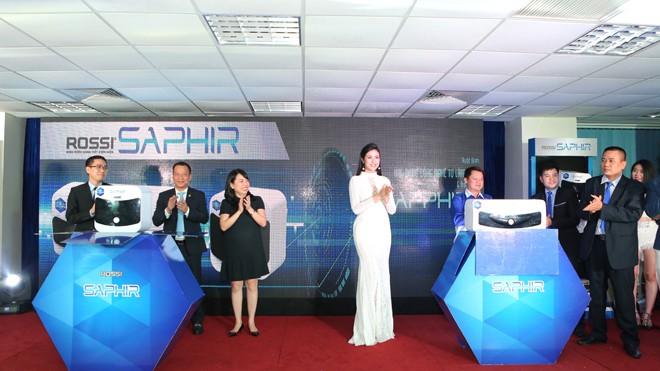 Lễ ra mắt sản phẩm mới Bình nước nóng Rossi Saphir của Tập đoàn Tân Á Đại Thành.