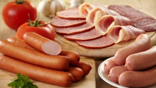Các sản phẩm thịt chế biến sẵn từ lâu đã được cảnh báo là có nguy cơ gây ung thư