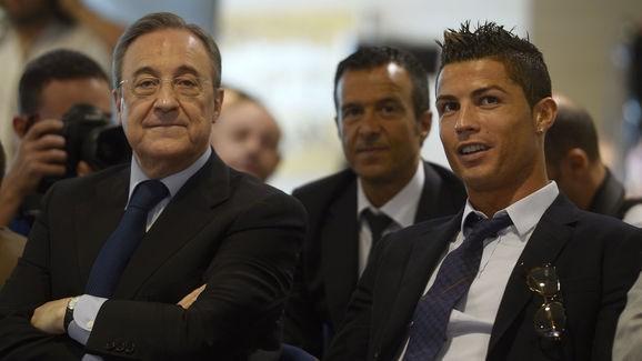 Ronaldo chuẩn bị gia hạn tới 2021 với Real Madrid.