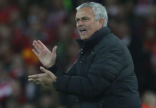Dù M.U đã chơi khá tệ trước Liverpool, nhưng HLV Jose Mourinho vẫn lên tiếng khen ngợi các học trò.